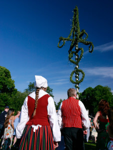 ola_ericson-midsummer_at_skansen-377
